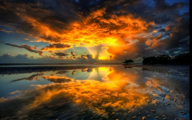 Suneset shoreline